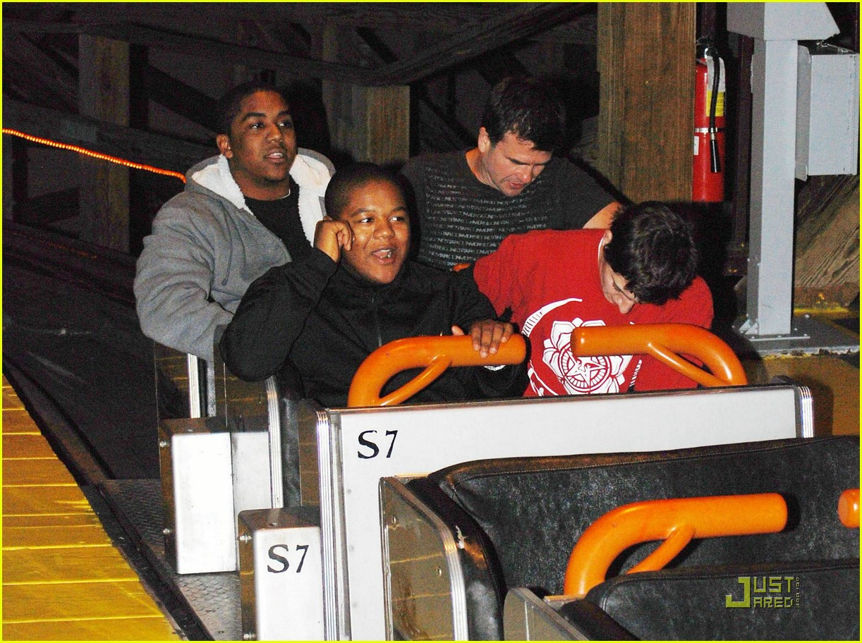 kyle chris massey scary farm 01