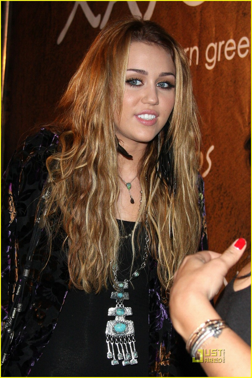 miley cyrus xandros greek 05