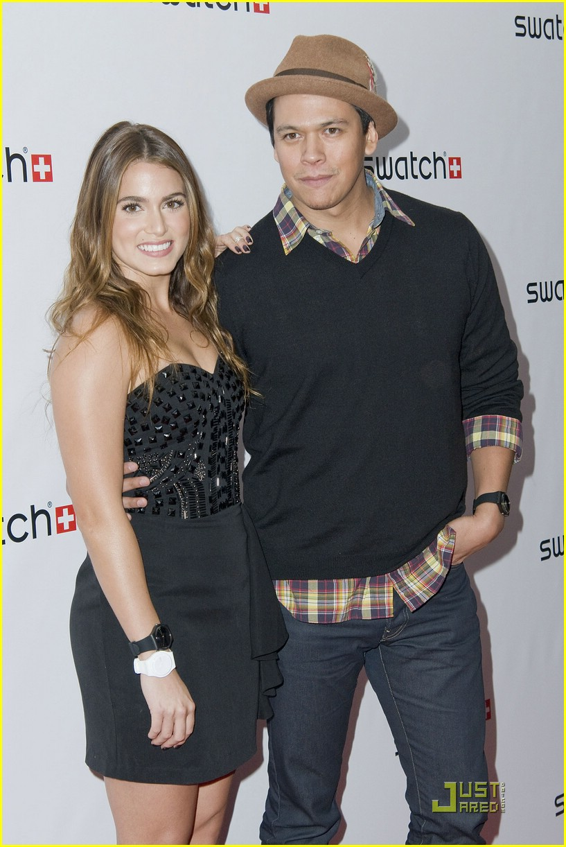 nikki reed swatch party 04