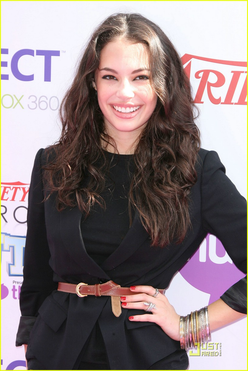chloe bridges power youth 07