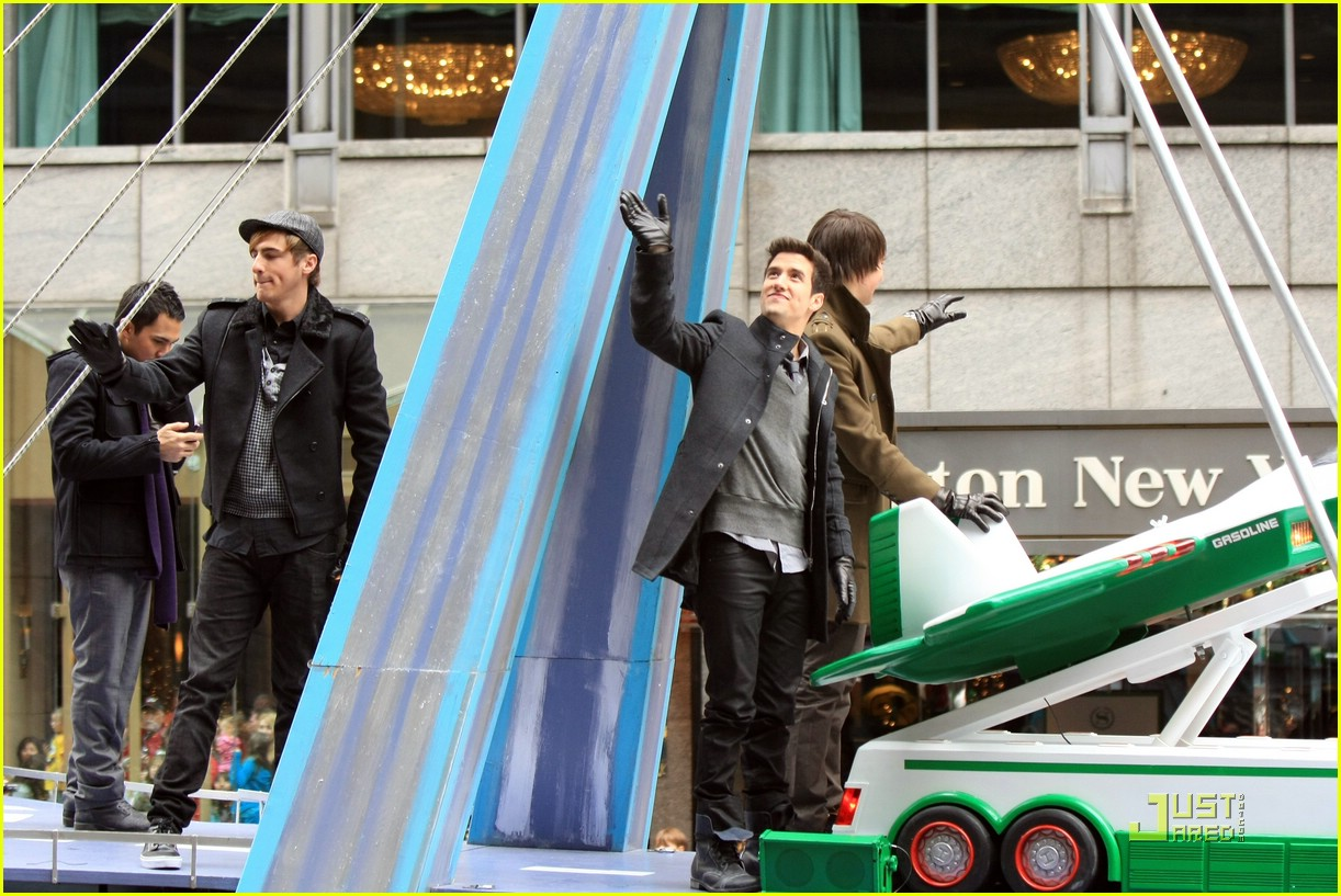 big time rush macys parade 06