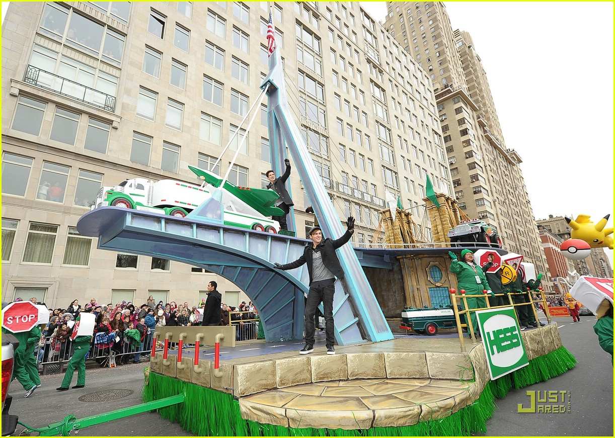 big time rush macys parade 15