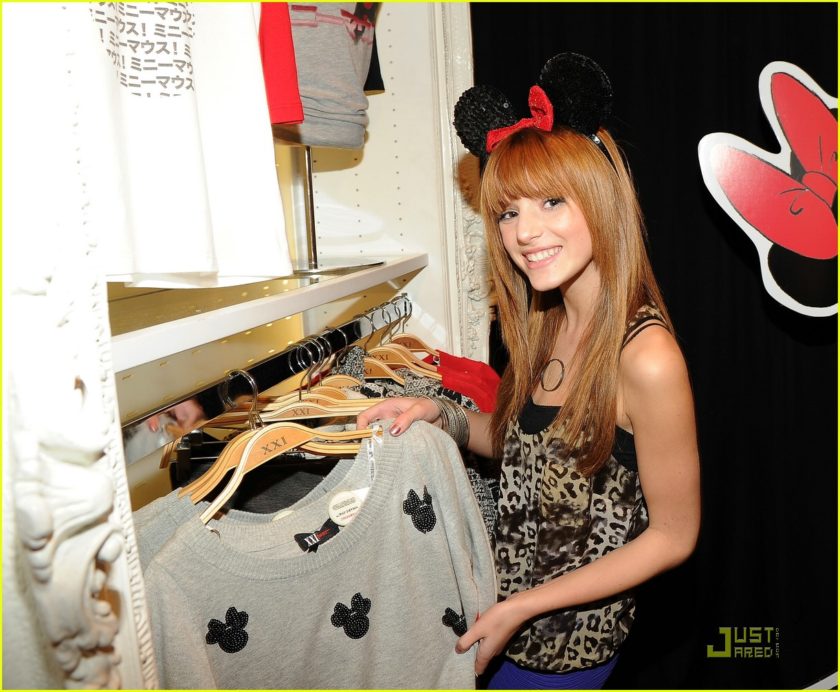 debby ryan bella thorne minnie muse 02