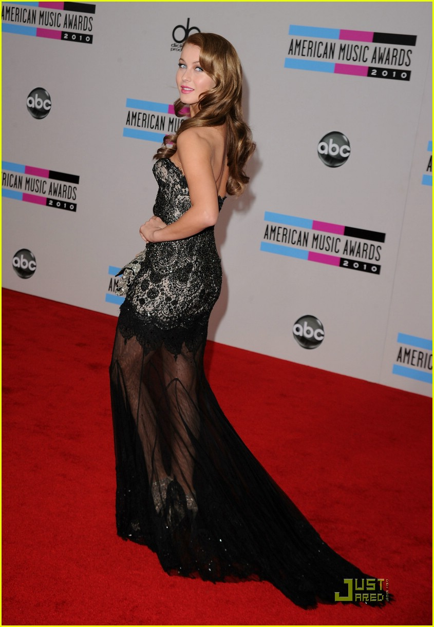 julianne hough 2010 amas 01