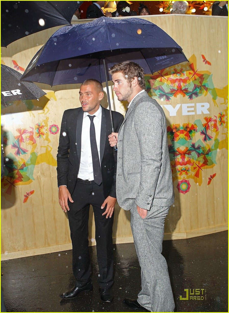 liam hemsworth melbourne cup 13