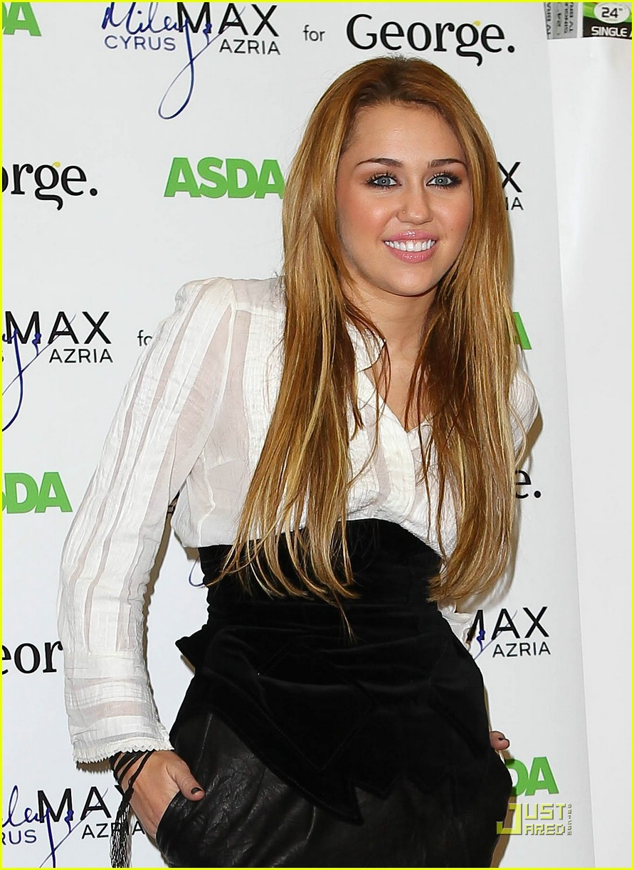 miley cyrus london asda 22