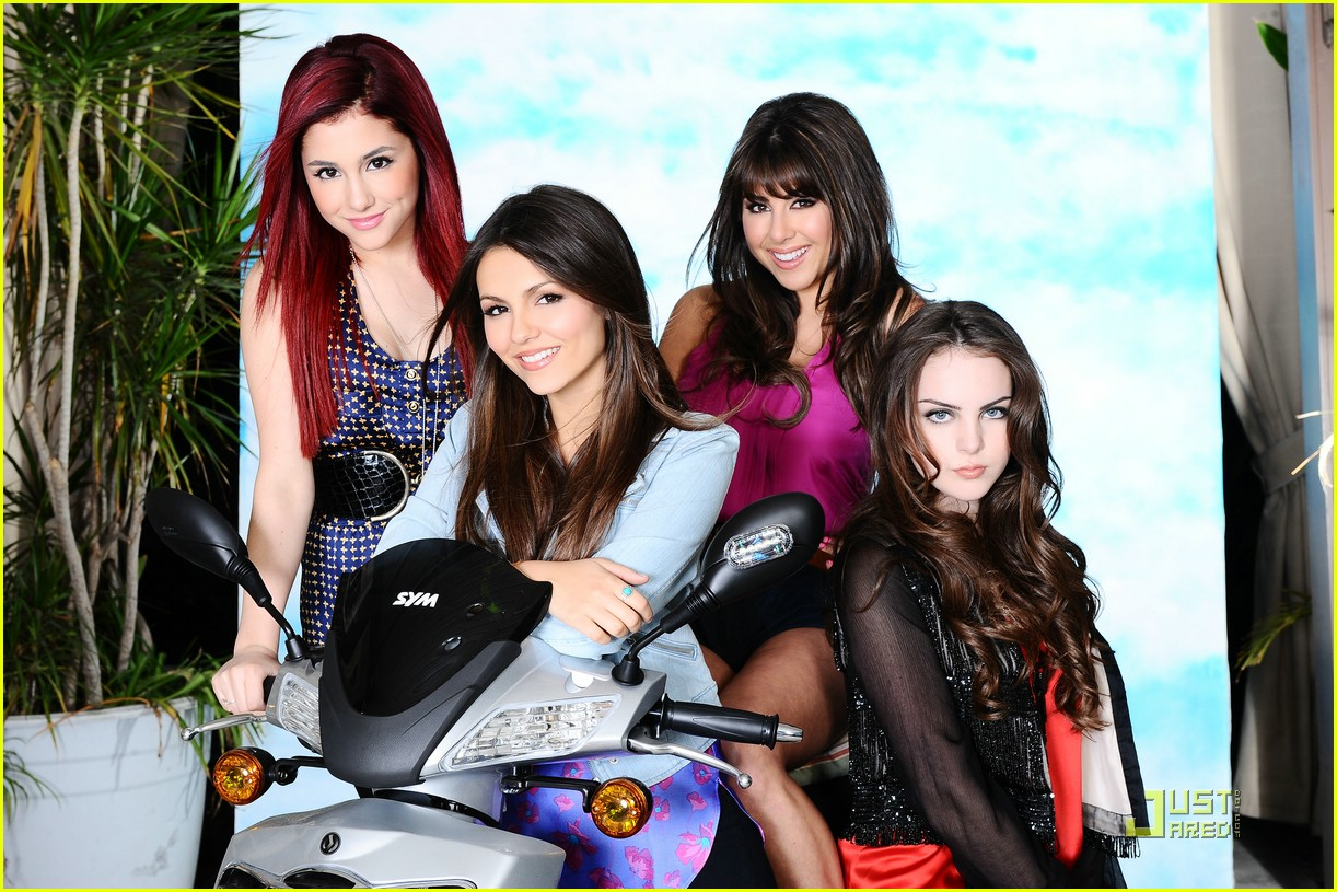 Meet The Cast of Victorious! | Photo 392613 - Photo ...