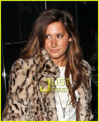 ashley tisdale katsuya dinner date 02