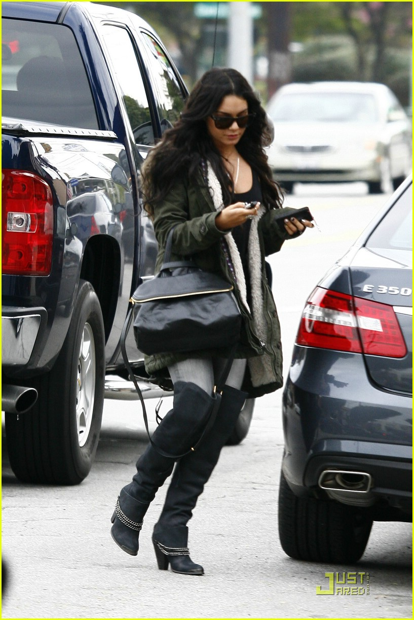 vanessa hudgens barneys babe 25