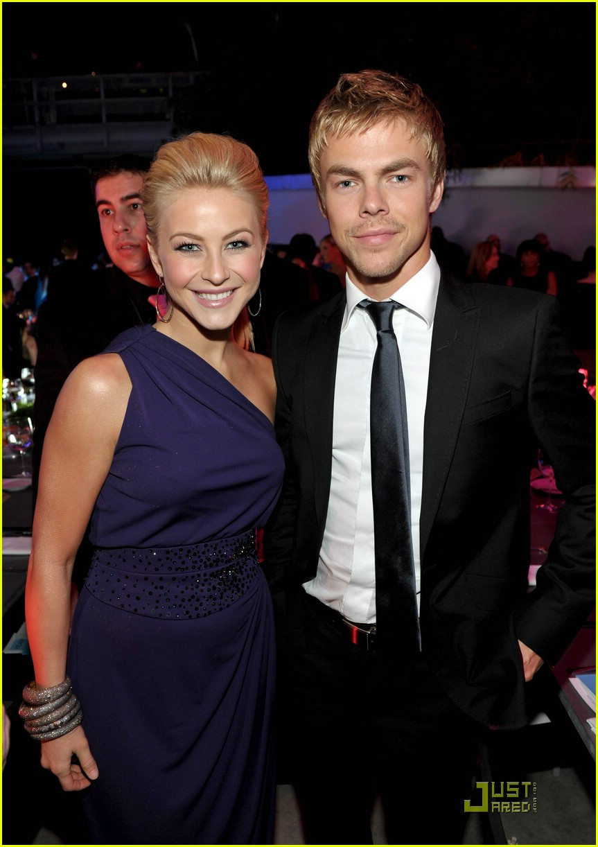 julianne hough golden globes 23