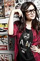 Lucy-vansgirls lucy hale vans girls 03
