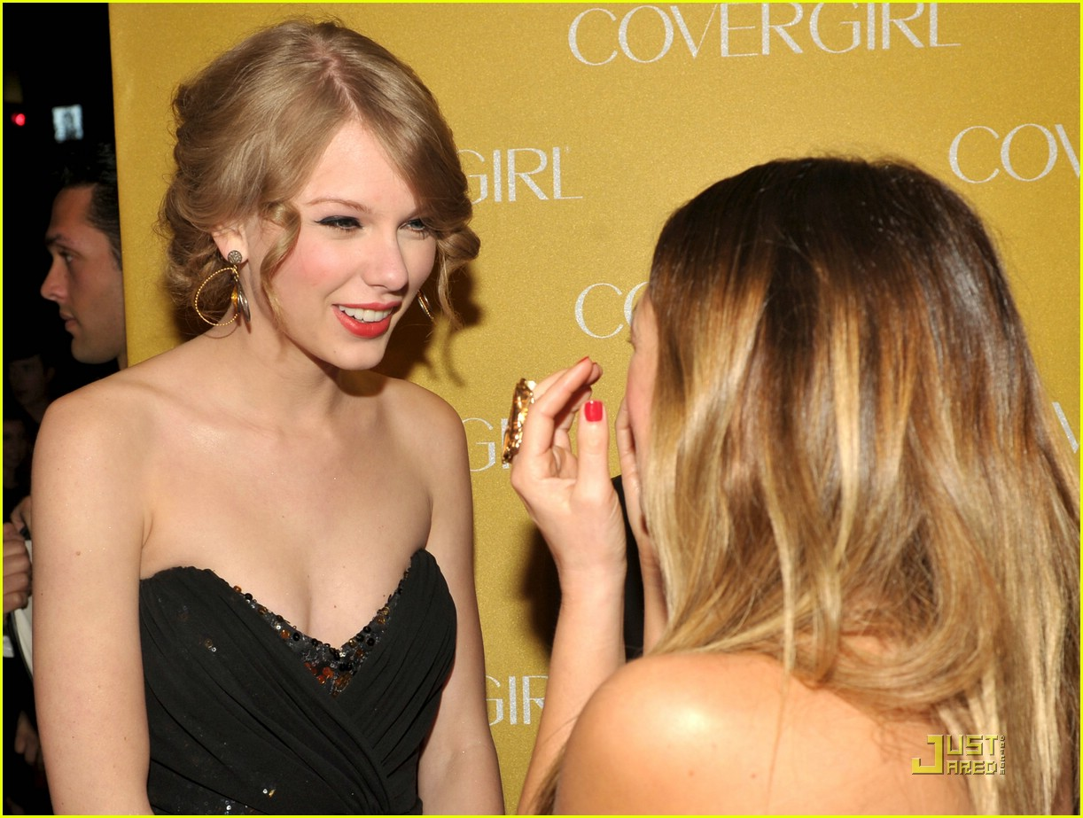 taylor swift covergirl anniversary 18