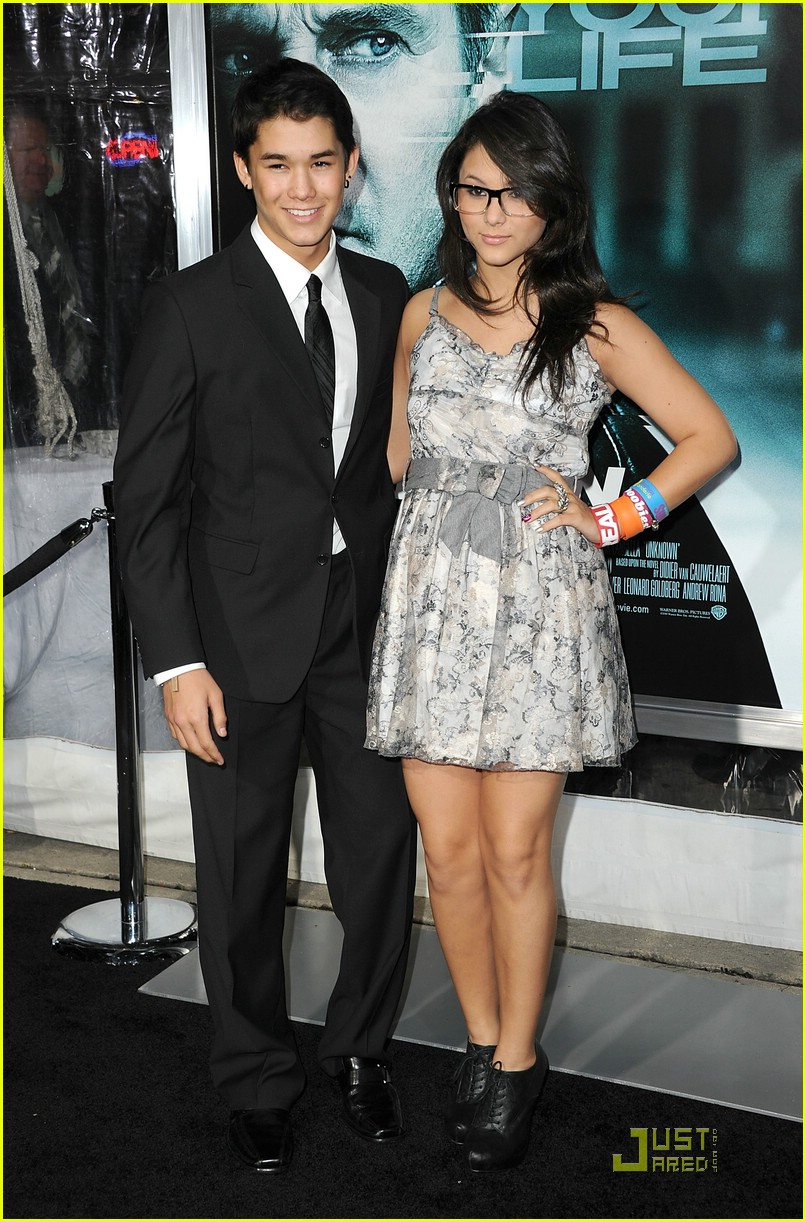 booboo stewart unknown premiere 01