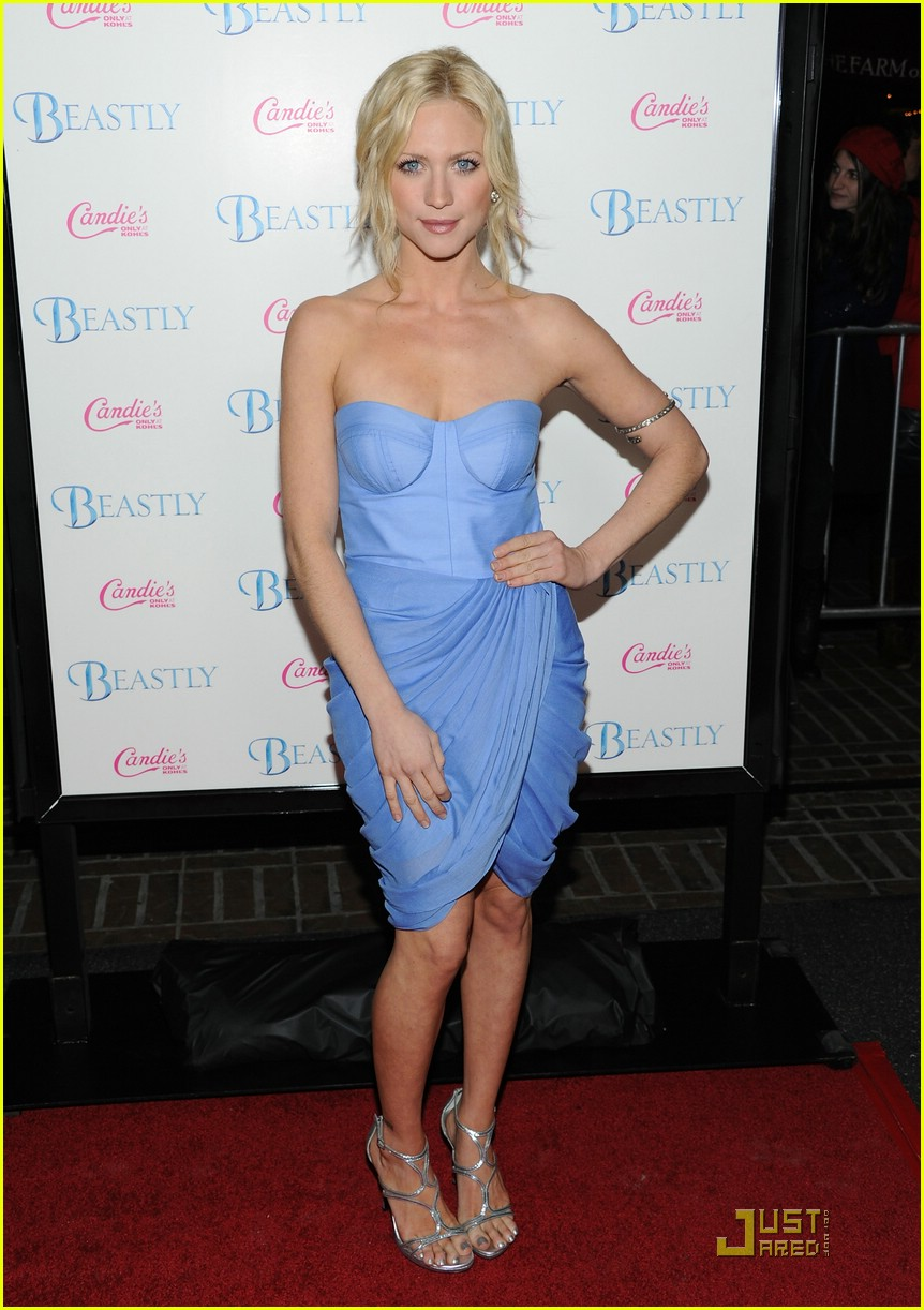 brittany snow beastly blue 01