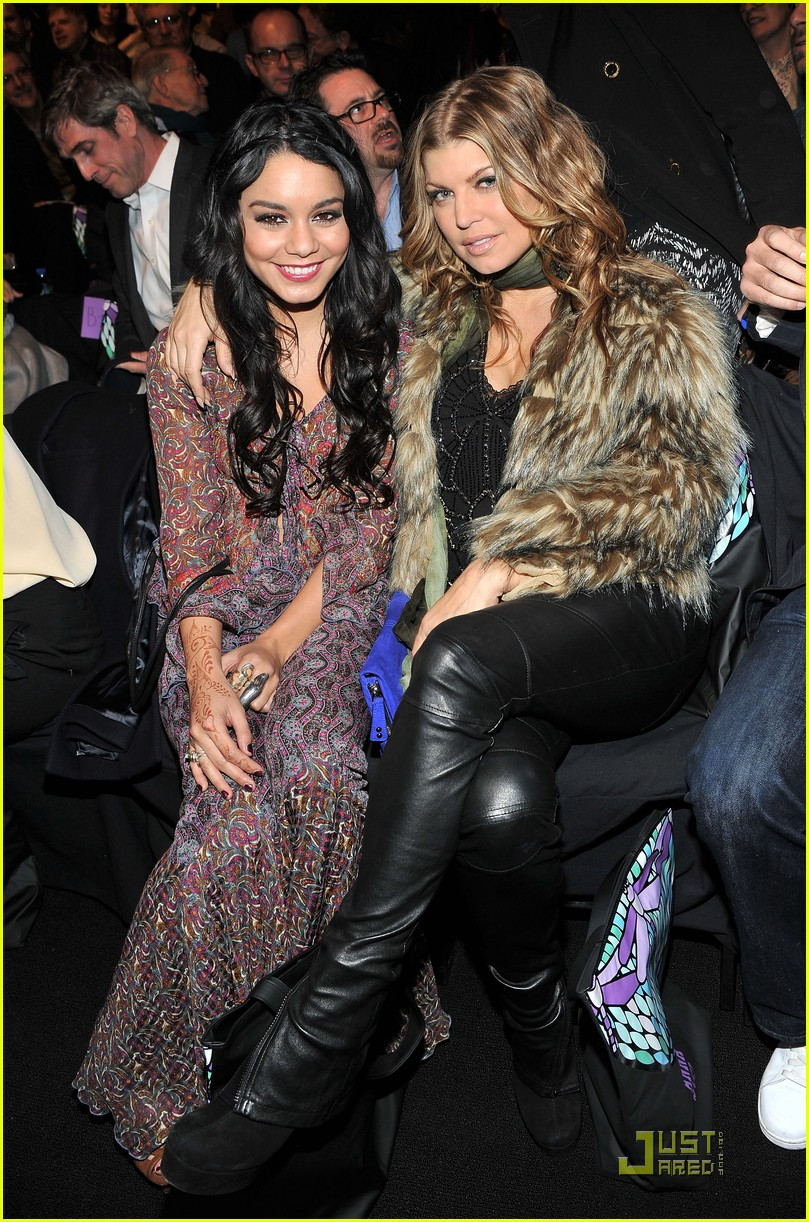 vanessa hudgens fashion week with fergie 08