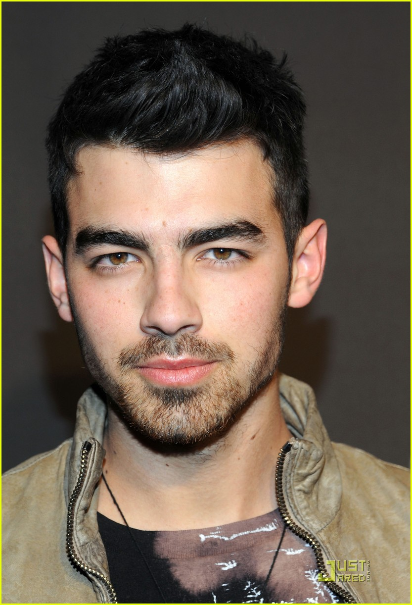 joe jonas gq lacoste cadillac party 08