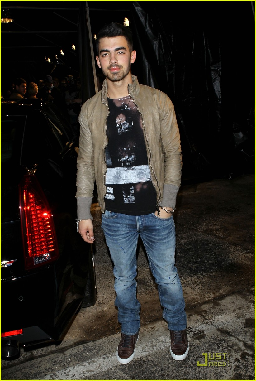 joe jonas gq lacoste cadillac party 12