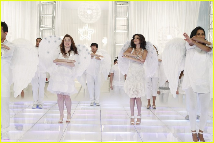 selena gomez jennifer stone angel dance 15