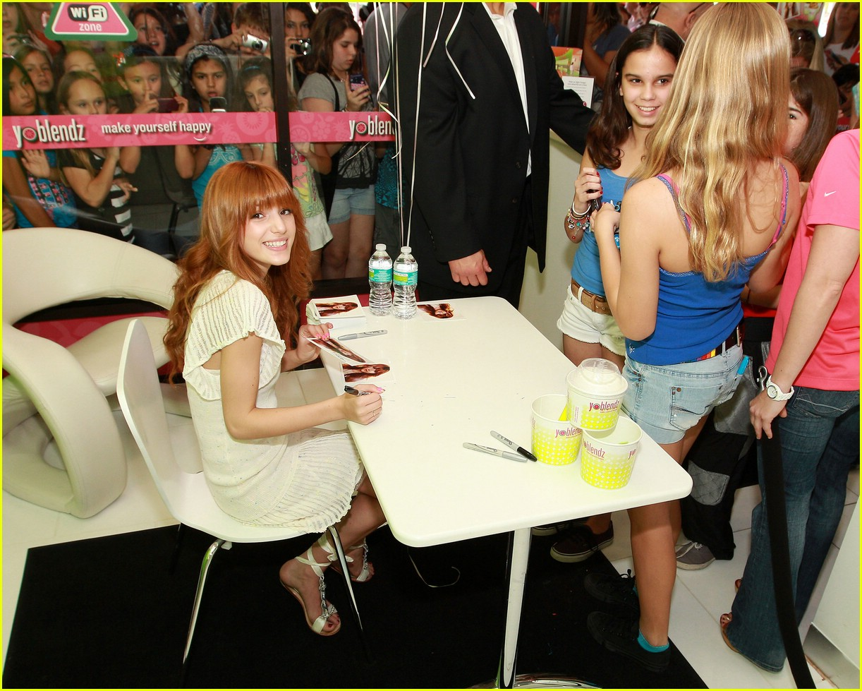 bella thorne yo blendz 12