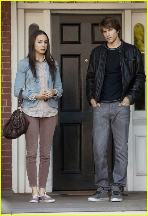 troian bellisario new normal pll 08