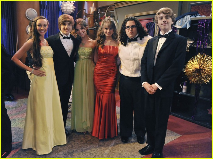 dylan cole sprouse prom night 16