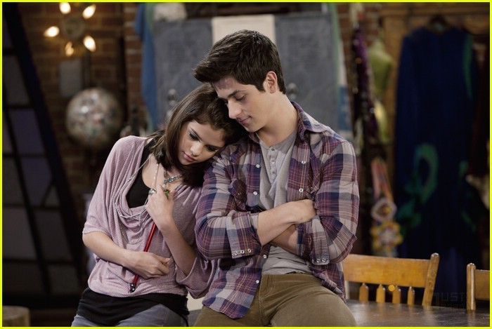 selena gomez david henrie wizards angels 03