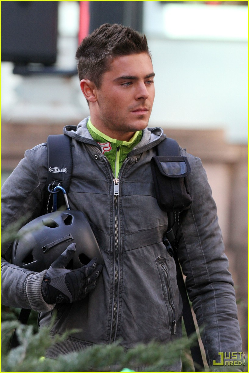 Zac Efron Short Hair New Years Eve Zac Efron Short Hair N...