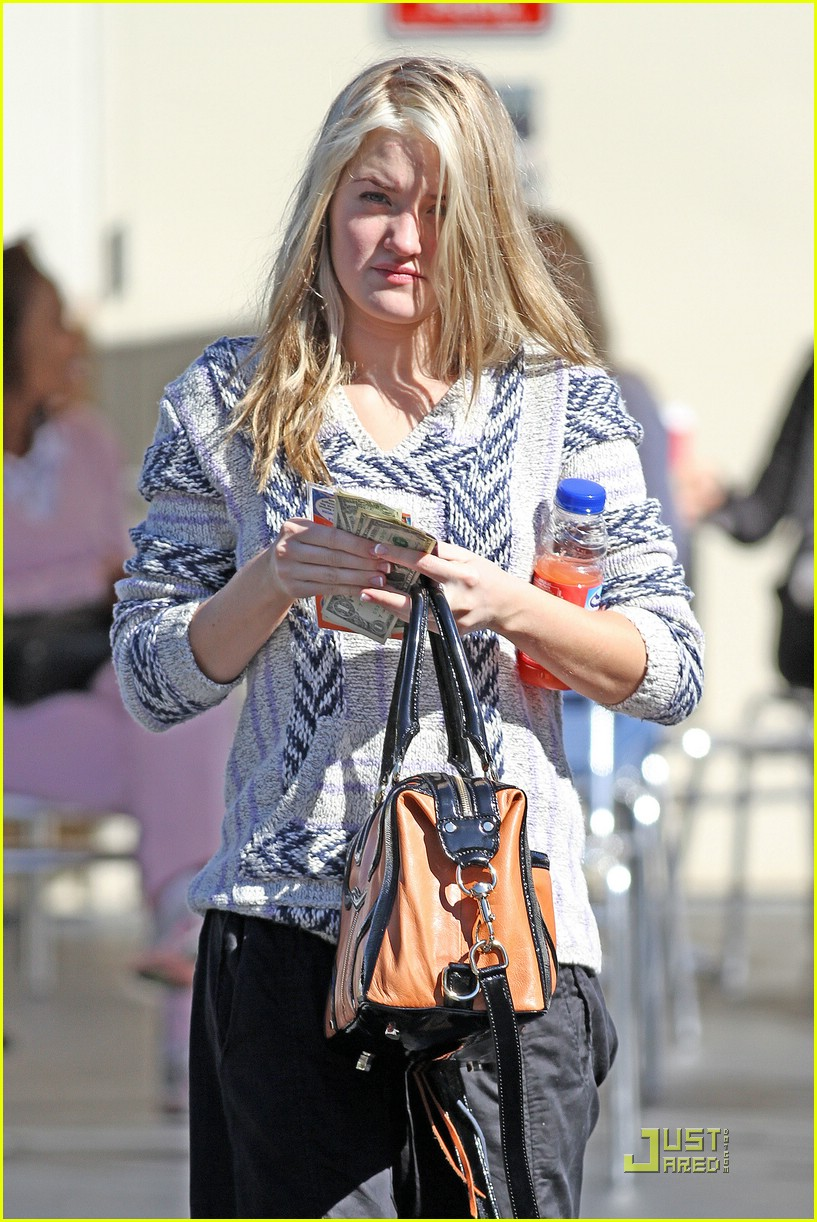aj michalka car wash 02
