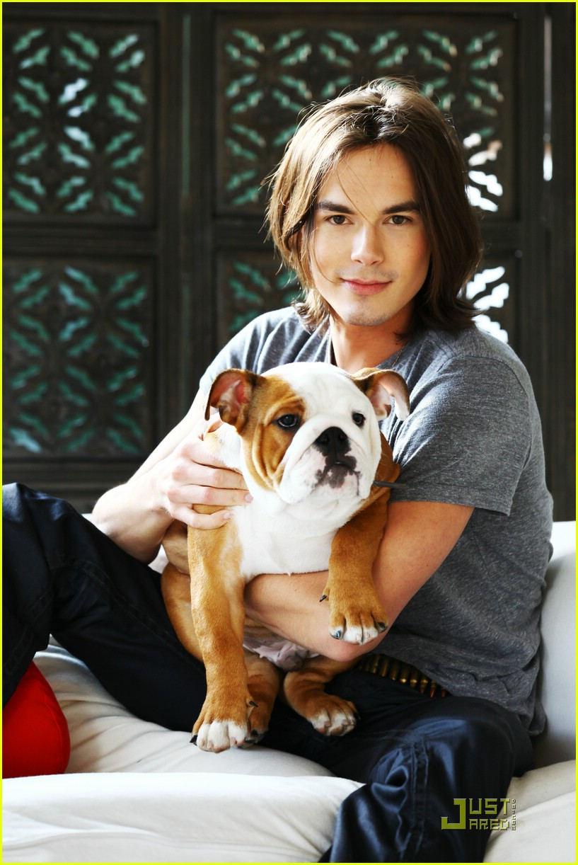 tyler blackburn troix march 01