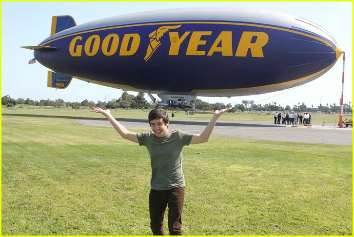 david archuleta blimp ride 03