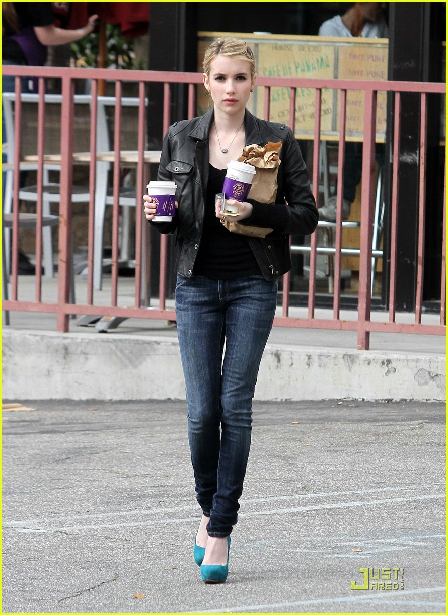 emma roberts blue high heels 03