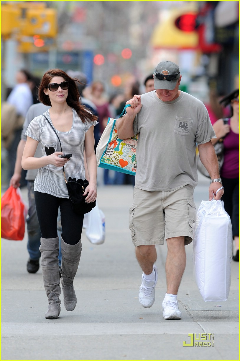 ashley greene soho dad 05