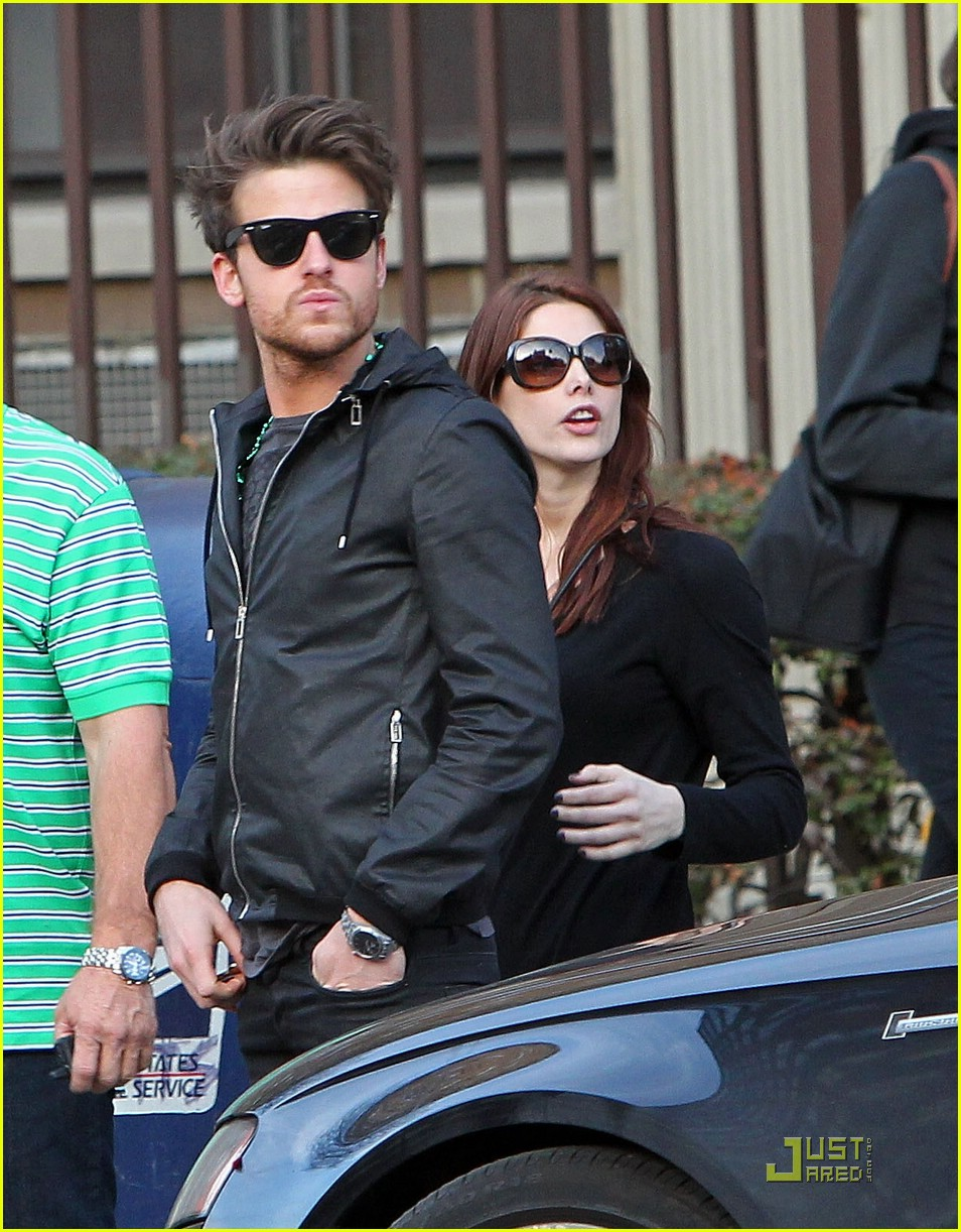 ashley greene jared followill 03