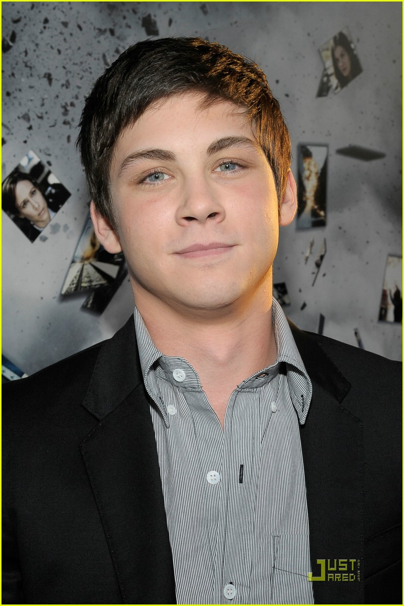 logan lerman source code 01