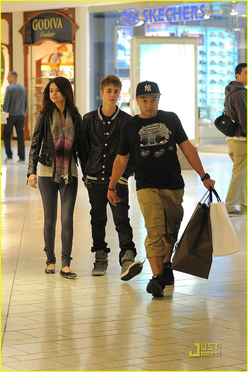 selena gomez justin bieber bday 08
