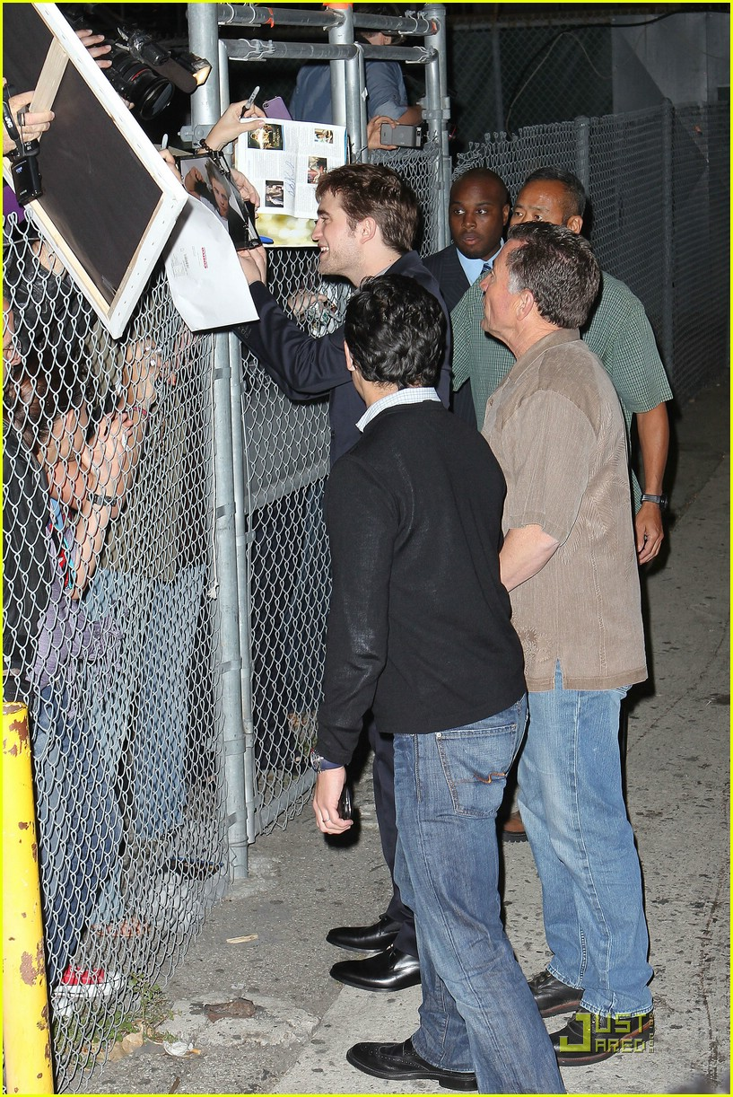 robert pattinson kimmel live 17