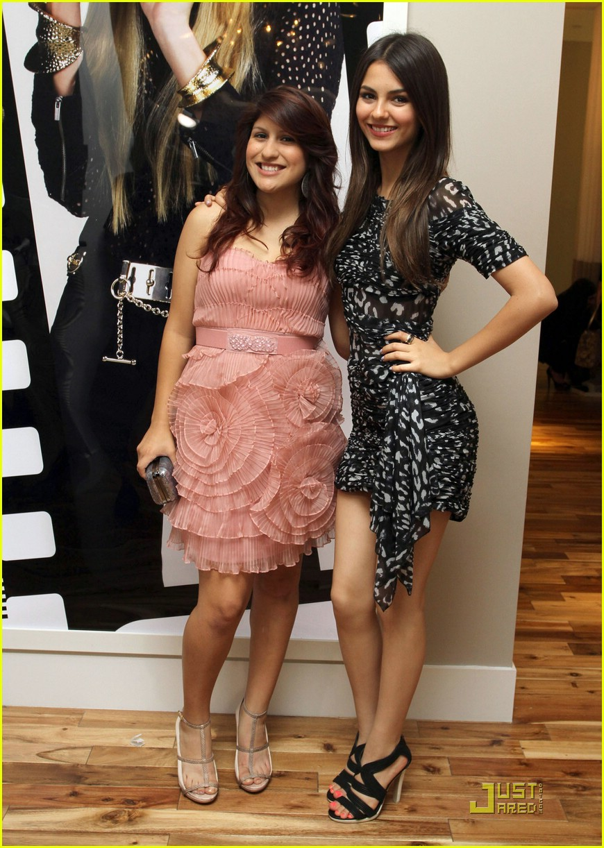 victoria justice bcbg prom 03
