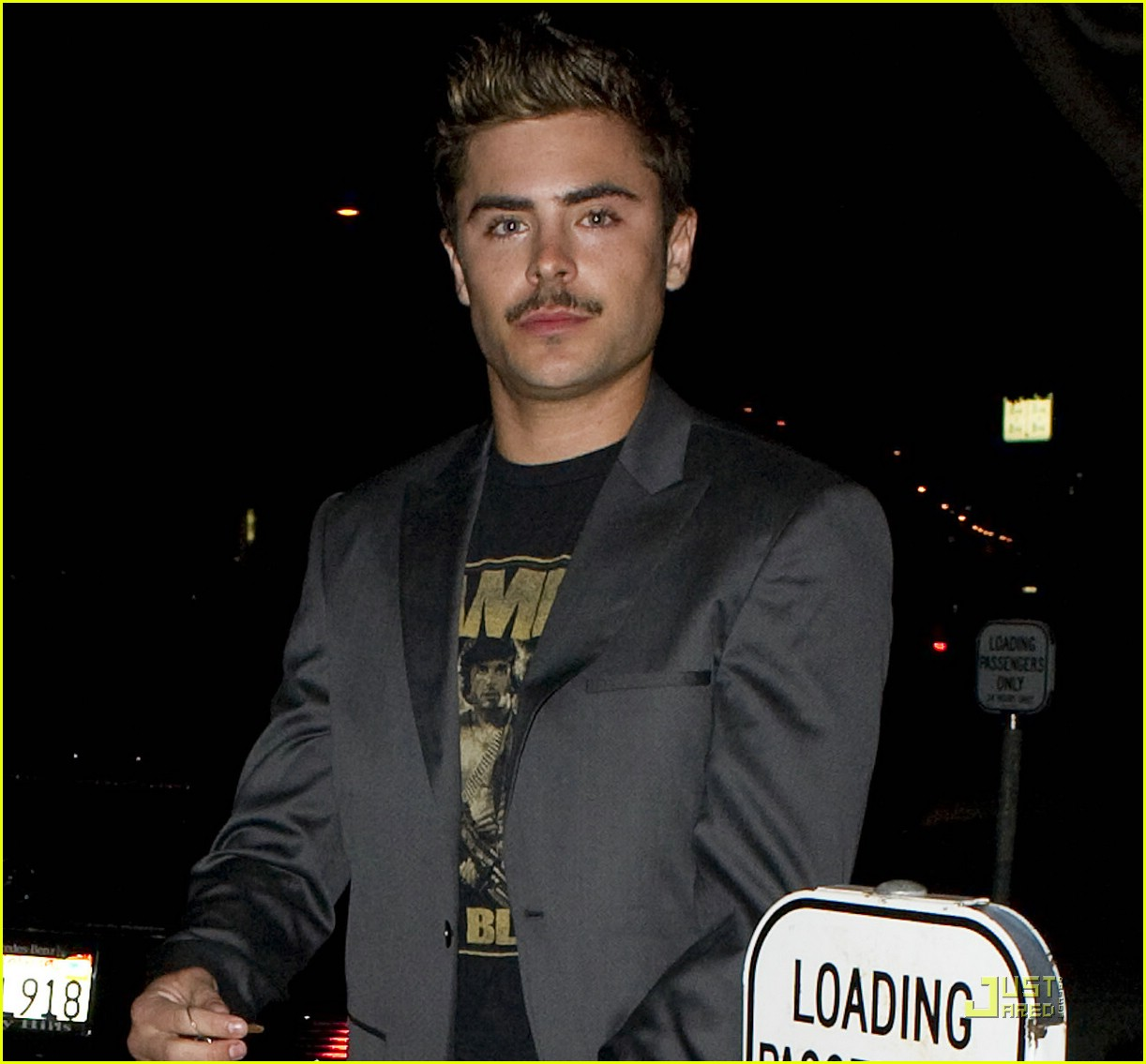 zac efron coachella mustache 05