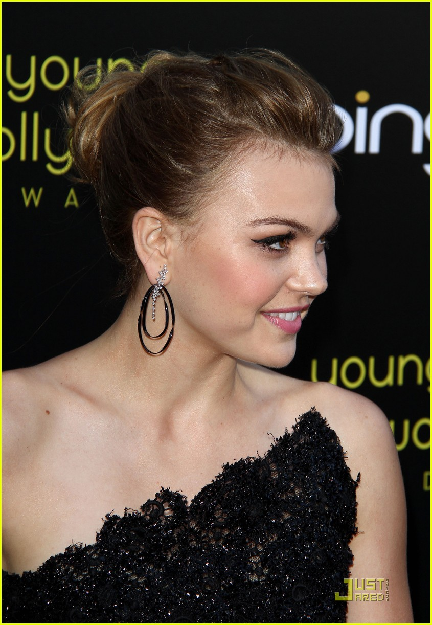 aimee teegarden yh awards 15