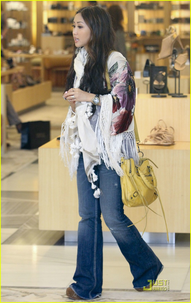 brenda song barneys shoes 04
