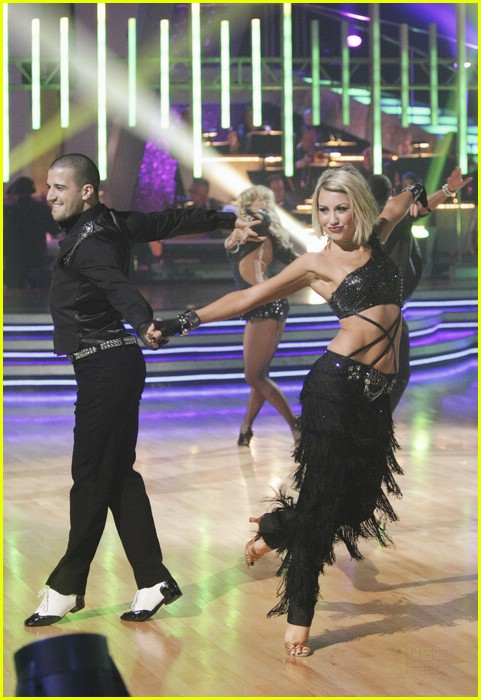 chelsea kane group dance paso 03