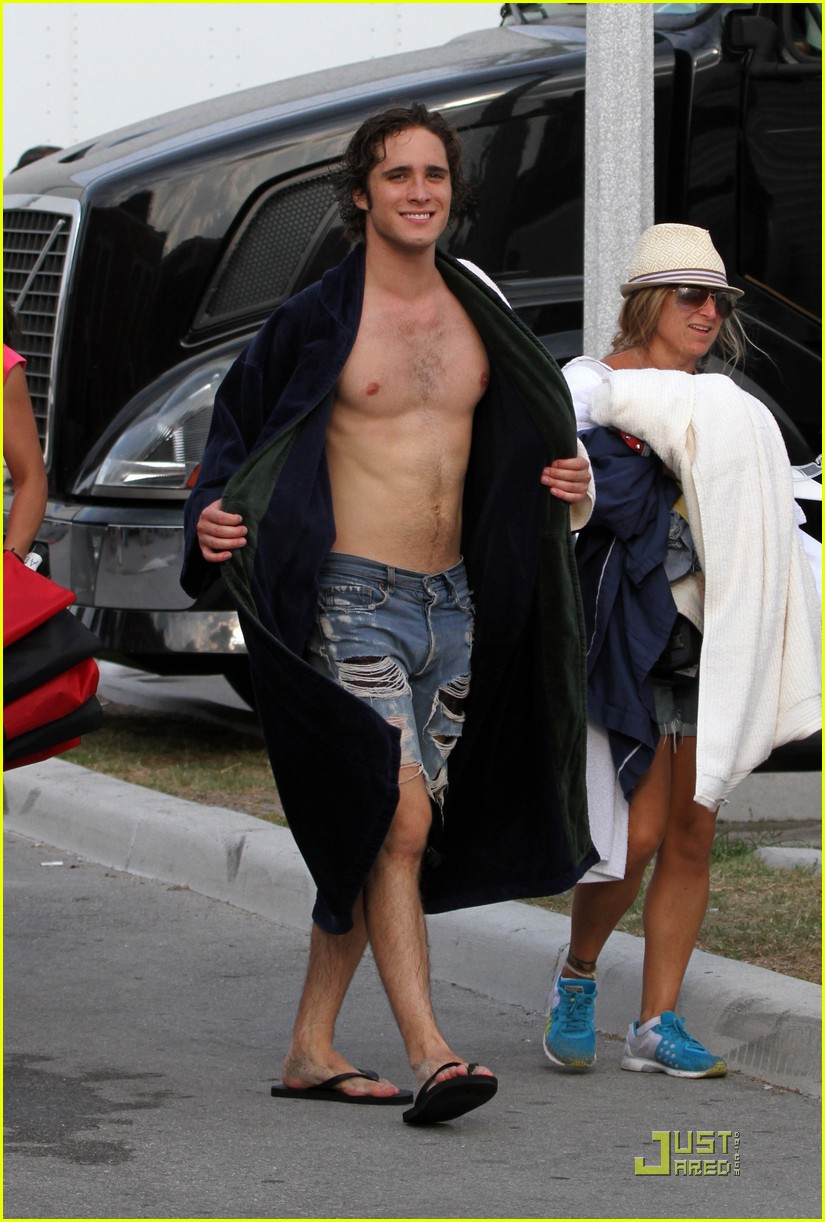 diego boneta memorial miami 03