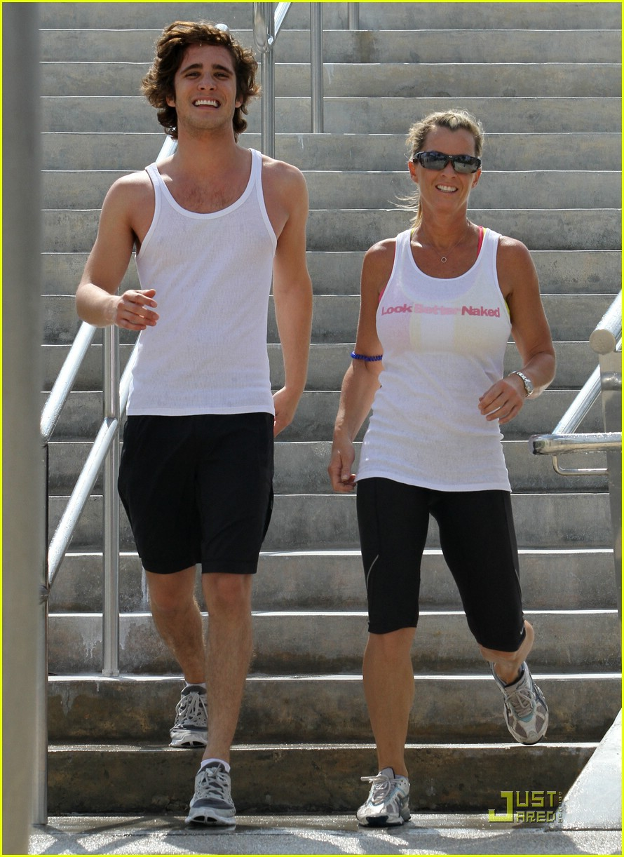 diego boneta julianne hough workout 11