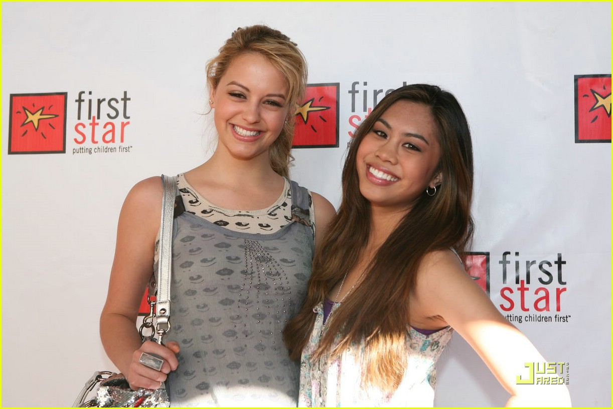 ashley argota gage golightly first star 03