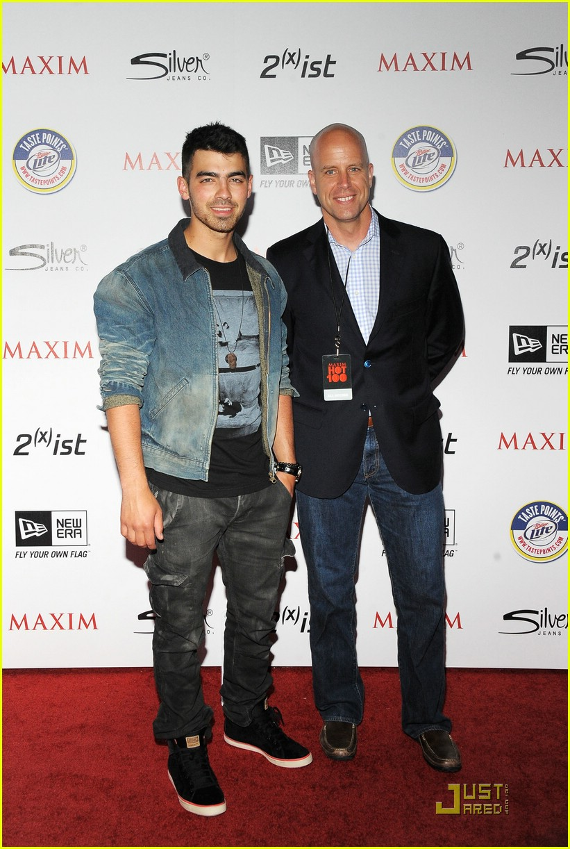 joe jonas maxim hot 100 14