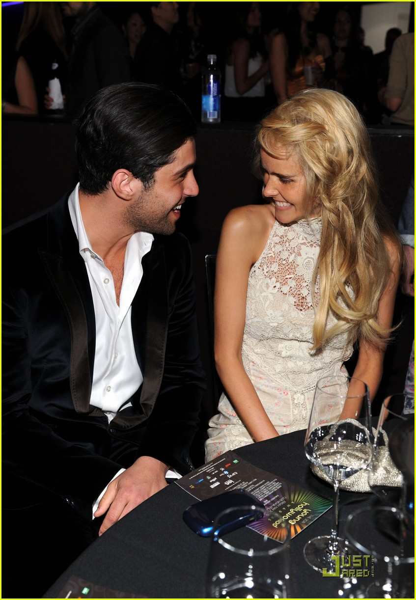 josh peck yh awards 01