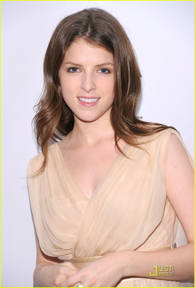 anna kendrick closing tribeca 04