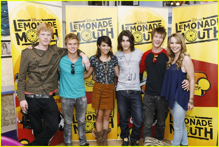lemonade mouth disneyland 03
