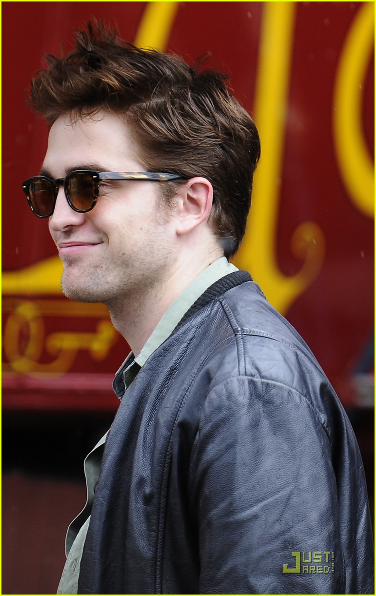 robert pattinson spain premiere 01