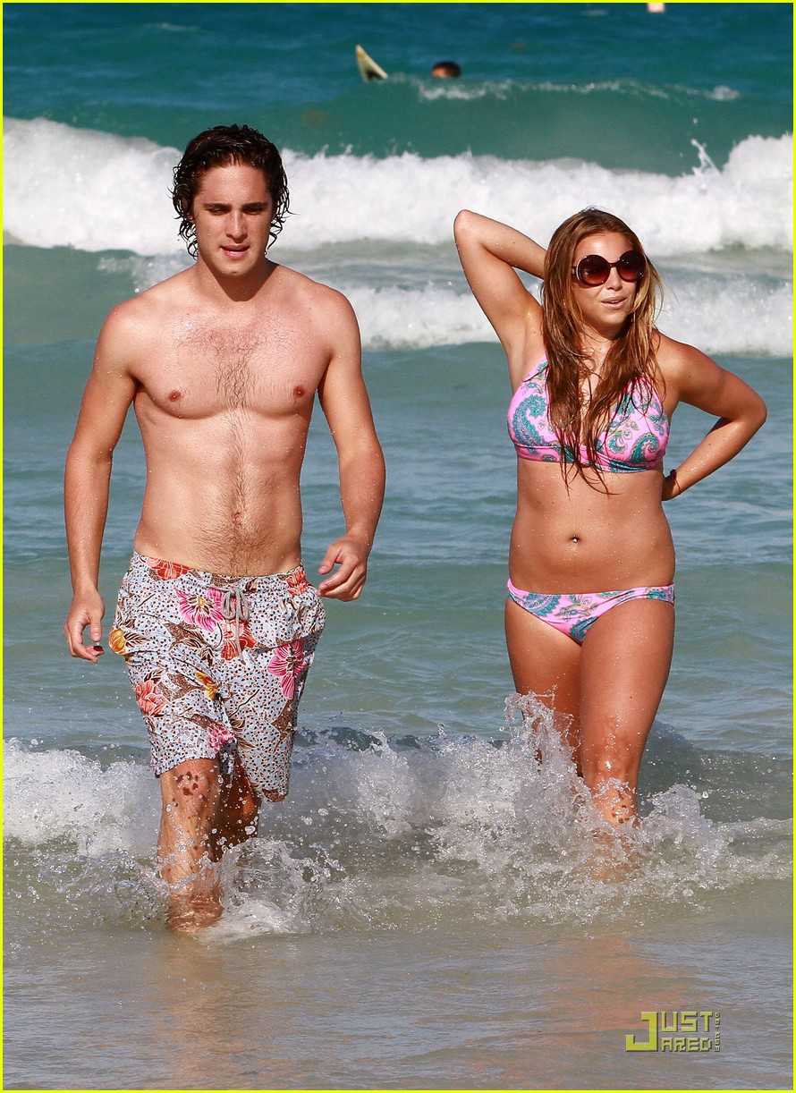 diego boneta miami beach fun 02